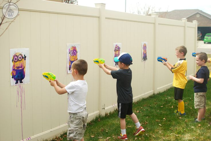 Minion birthday party activities: Create a shooting gallery to turn them purple with washable water colors |Tutorial at  Cupcake Diaries