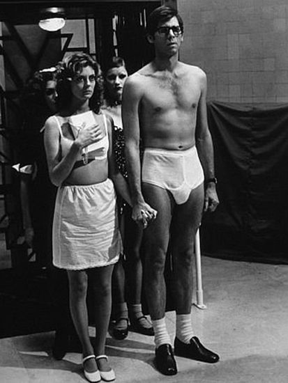 Couples idea! Janet and Brad from The Rocky Horror Picture Show, Janet looks so cute