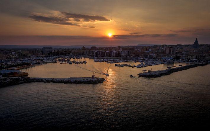 Hämta bilder Sicilien, sunset, panorama city, hamnen, beach, Syrakusa, Italien