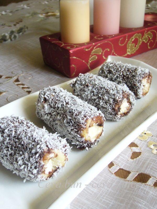 Reteta Rulouri cu crema de vanilie - Prajituri