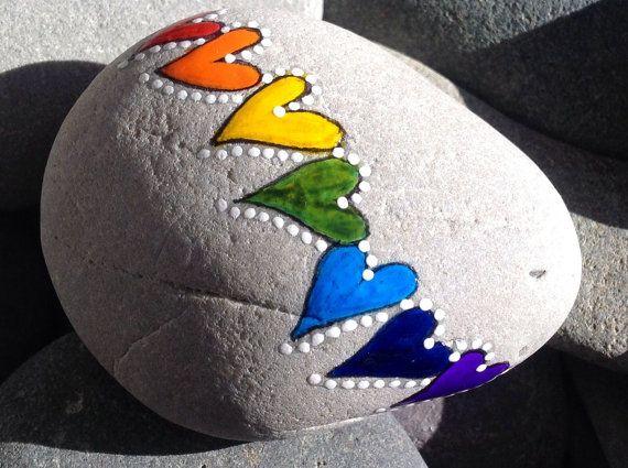 Hält sie einfache Serie / Regenbogen Herzen / von LoveFromCapeCod