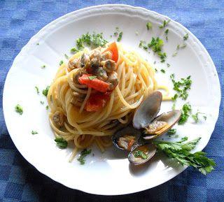 Giuli Foodie: Vermicelli alle Vongole Veraci e Pomodorini