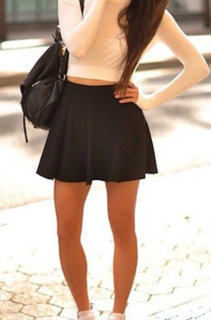 Essential Flared Skirt (more colors)