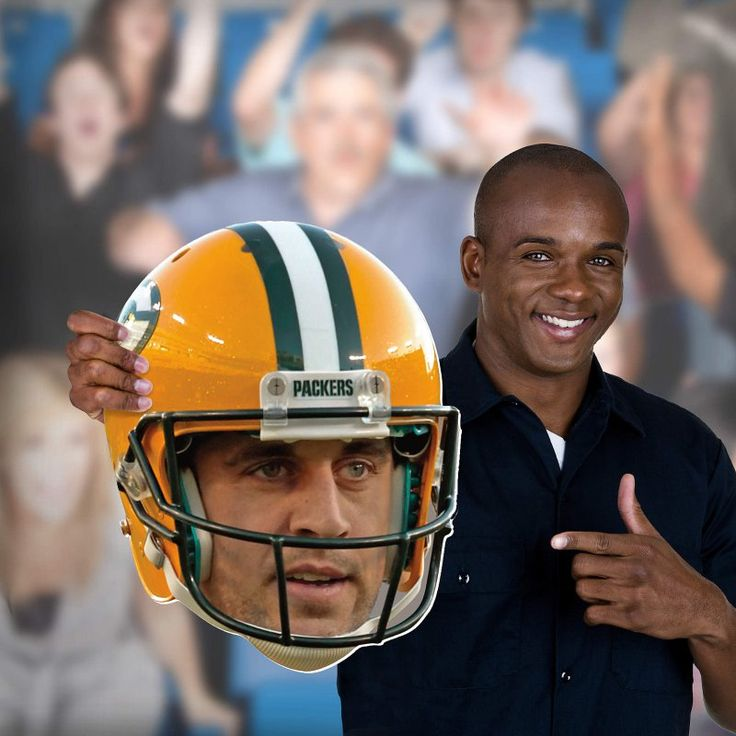 Fathead NFL Green Bay Packers Aaron Rodgers Game Day Big Head Wall Decal - 1091-00074