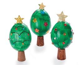 Turn an Egg Into a Christmas Tree: Eggs Tre, Christmas Crafts, Plastic Eggs, Crafts Ideas, Crafts Patterns, Christmas Trees Crafts, Easter Eggs, Trees Eggs, Eggs Ideas