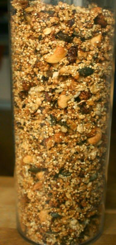Zdrowo zakręcona: Bardzo chrupiąca granola z prażoną kaszą gryczaną i quinoa