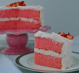 Cake Fixation: Strawberries and Pink Champagne Cake Recipe: Desserts, Strawberries Cakes, Sweet, Pink Cakes, Cakes Fixat, Cakes Recipes, Pink Champagne Cakes, Cake Recipes, Birthday Cakes