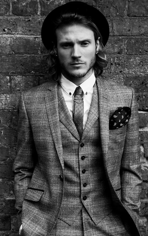 Dougie Poynter. ellie goulding is one lucky bish