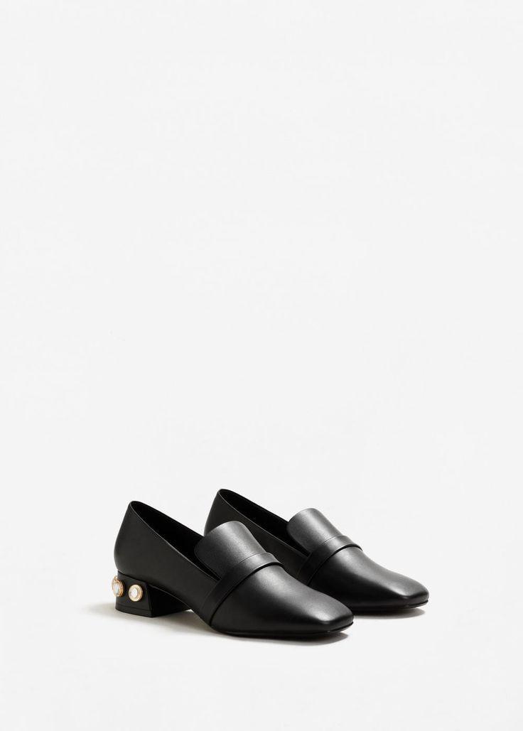 d67196225d2c Tendance Chaussures 2017  2018   Mocassins à talon ornements Femme   MANGO  France