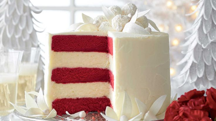 All of our Christmas cakes are centerpiece-worthy but one has stood out from the rest: our Red Velvet-White Chocolate Cheesecake.