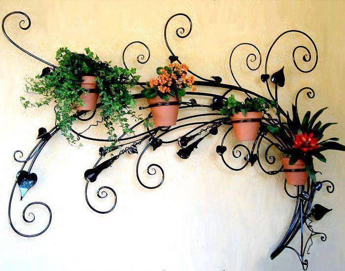 kovácsoltvas virágtartó