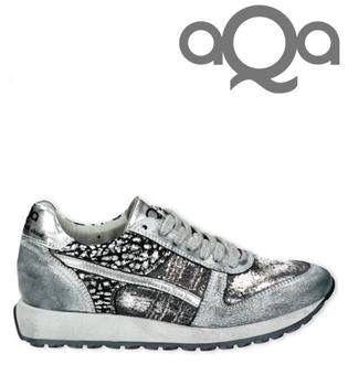 Aqa sneaker