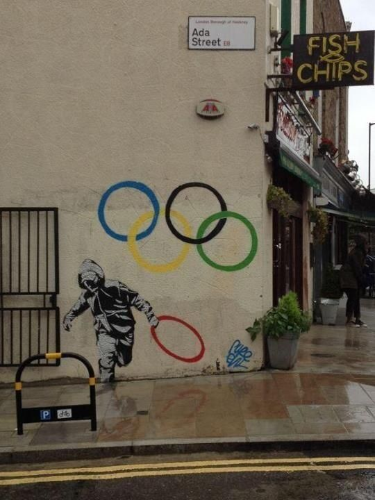 BANKSY http://www.widewalls.ch/artist/banksy/ #graffiti #stencil #street #art