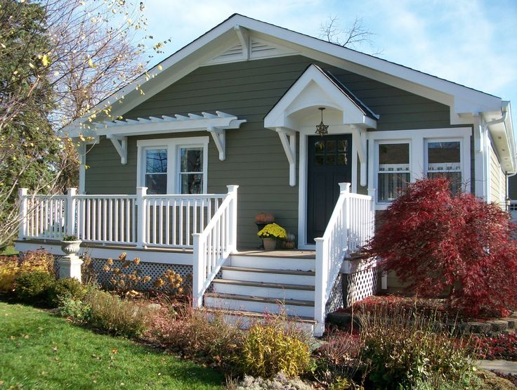 Craftsman bungalow front porch front porch ideas for Different exterior house styles