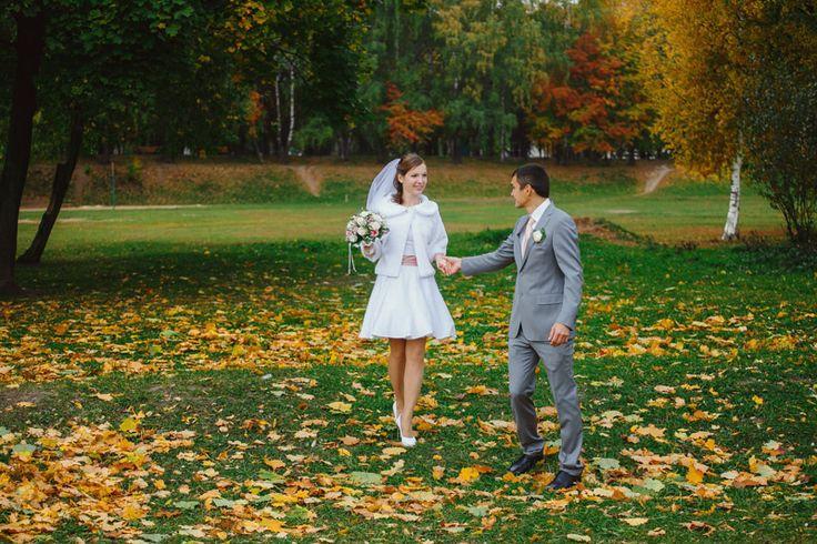 Всегда любила снимать осенью, осенняя природа богата удивительными сочными красками, она помогает создавать столь яркие выразительные снимки!