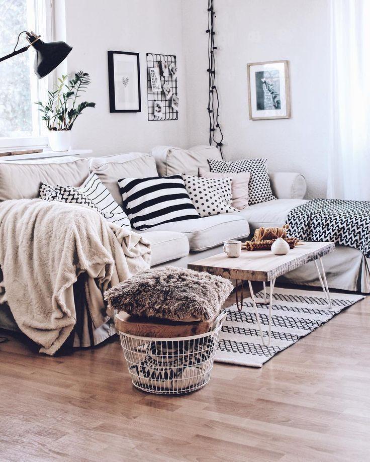 Wohnzimmer Im Skandinavischen Stil Gemutliches Wohnzimmer Mit Ektorp Sofa Living Room Cushions Sitting Room Decor Living Room Pillows