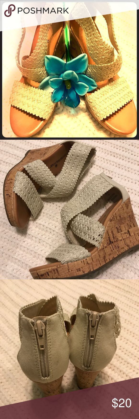 ☀️ Strappy wedge sandals ☀️ Just in time for spring/summer weather! ☀️🙌🏻 cream colored straps that are stretchy and make all day wear a breeze! Gently used and in great condition! Neutral color makes matching easy! Size 7 Shoes Wedges