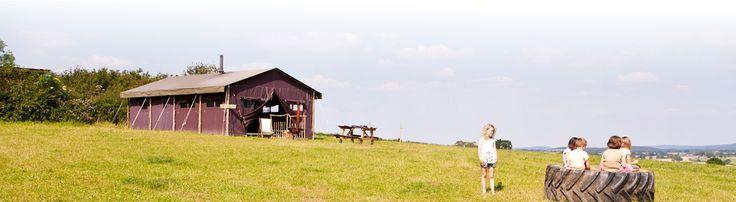 Kamperen bij de boer? Origineel? Jazeker! Wel op de boerderij van de familie Van den Brandhof.