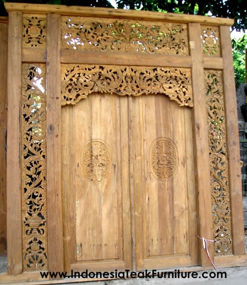 How bout a front door like this. Or maybe it could be the door to my secret garden? ;)