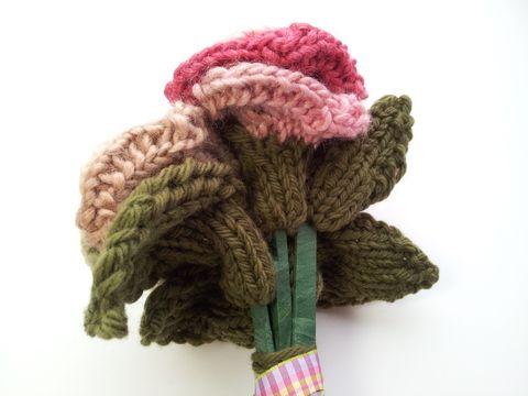 1000+ ideas about Loom Love on Pinterest Rainbow Loom, Loom and Rainbow Loo...