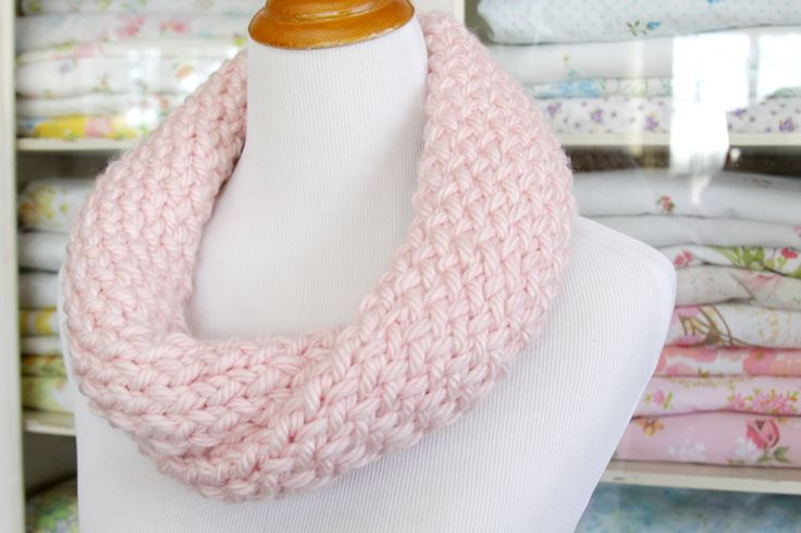 Easy Knitting Loom Scarf Patterns : 1000+ images about knit/crochet projects on Pinterest Free pattern, Hot wat...