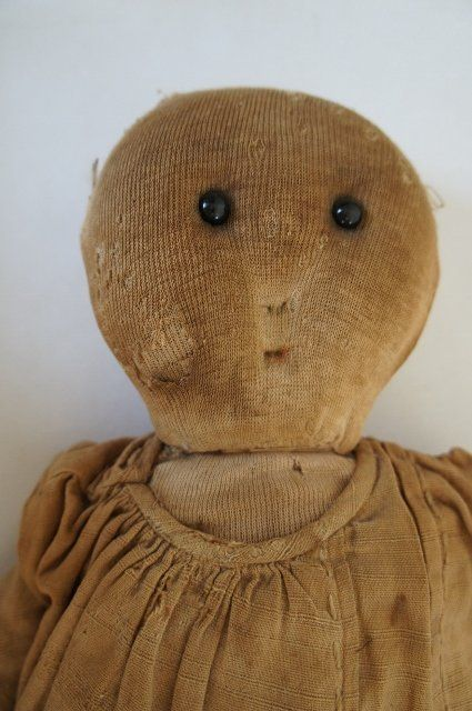 Adorable antique rag doll with shoe button eye 4 of 6
