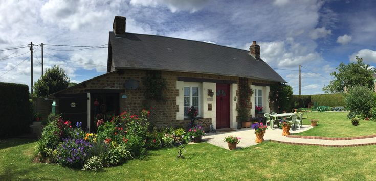Our Little House ...... Fougerolles du Plessis