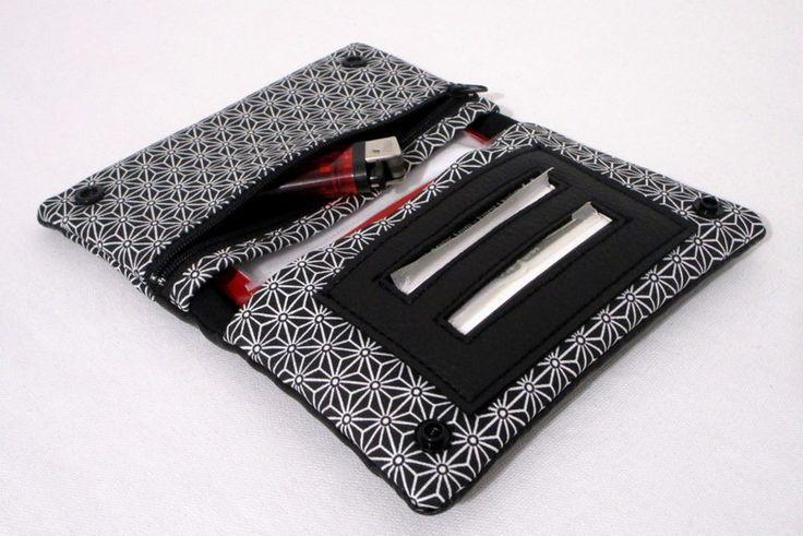 Blague à tabac en simili cuir noir et tissu asanoha noir : Etuis, mini sacs par au-fil-de-syl