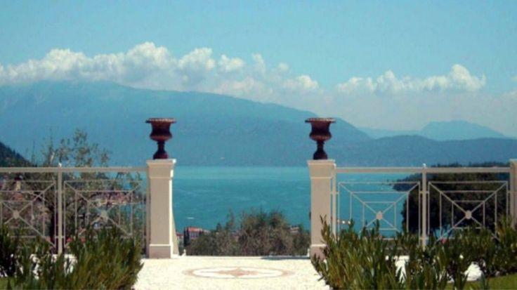 Pin by casahome immobilien on italien ferienimmobilien for Ferienimmobilien italien
