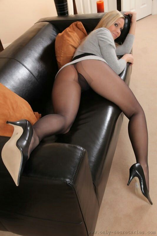 Red Tube Pantyhose 103