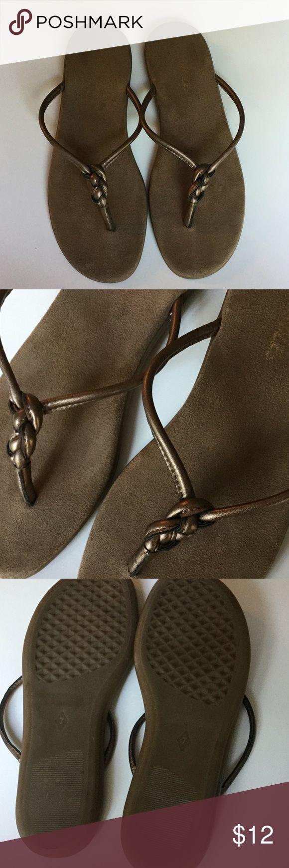 Aerosoles flip flop sandals  Aerosoles flip flop sandals. Pretty bronze color. Worn but in good condition. Size 7. AEROSOLES Shoes Sandals
