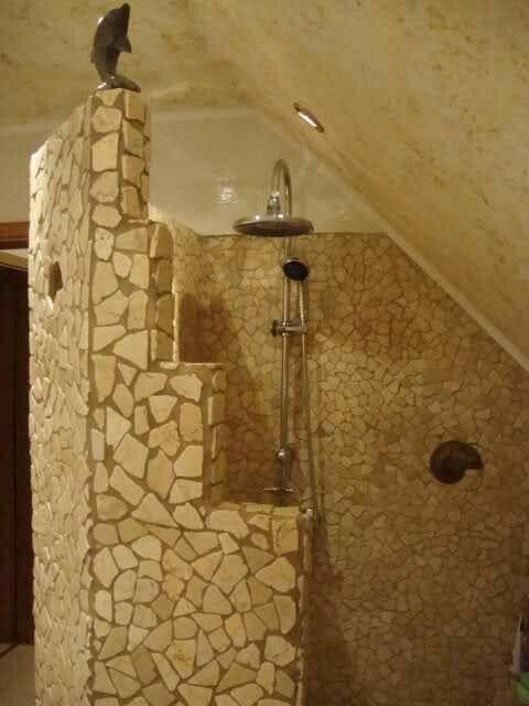 die besten 25 gemauerte dusche ideen auf pinterest badideen gemauerte dusche spaziergang. Black Bedroom Furniture Sets. Home Design Ideas
