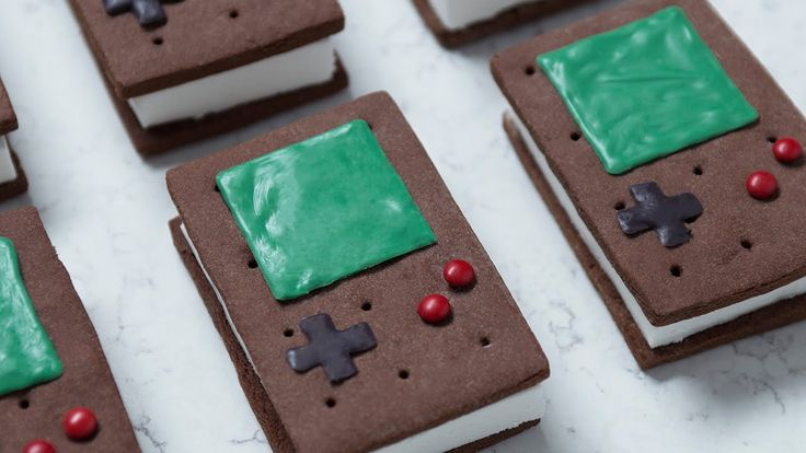 Video: How To Make Game Boy Ice Cream Sandwiches
