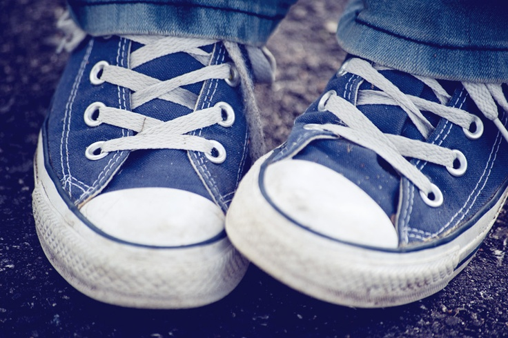 I HATE shoes and shoe shopping, only because I hate my feet. BUT I love converse. A lot.