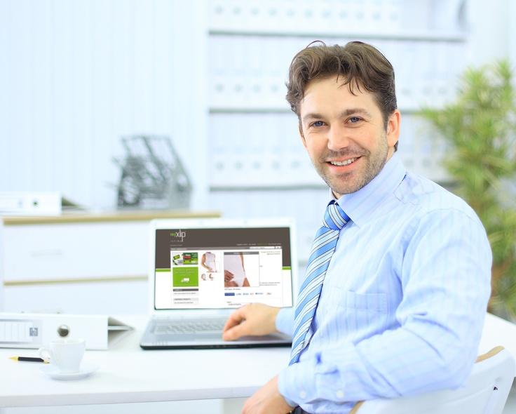 Potete acquistare il vostro intimo online Xlip anche durante una pausa lavorativa in ufficio!