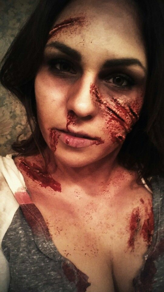 Halloween Zombie Make Up! Using fake blood, tissue paper and liquid latex. #zombie#makeup#halloween