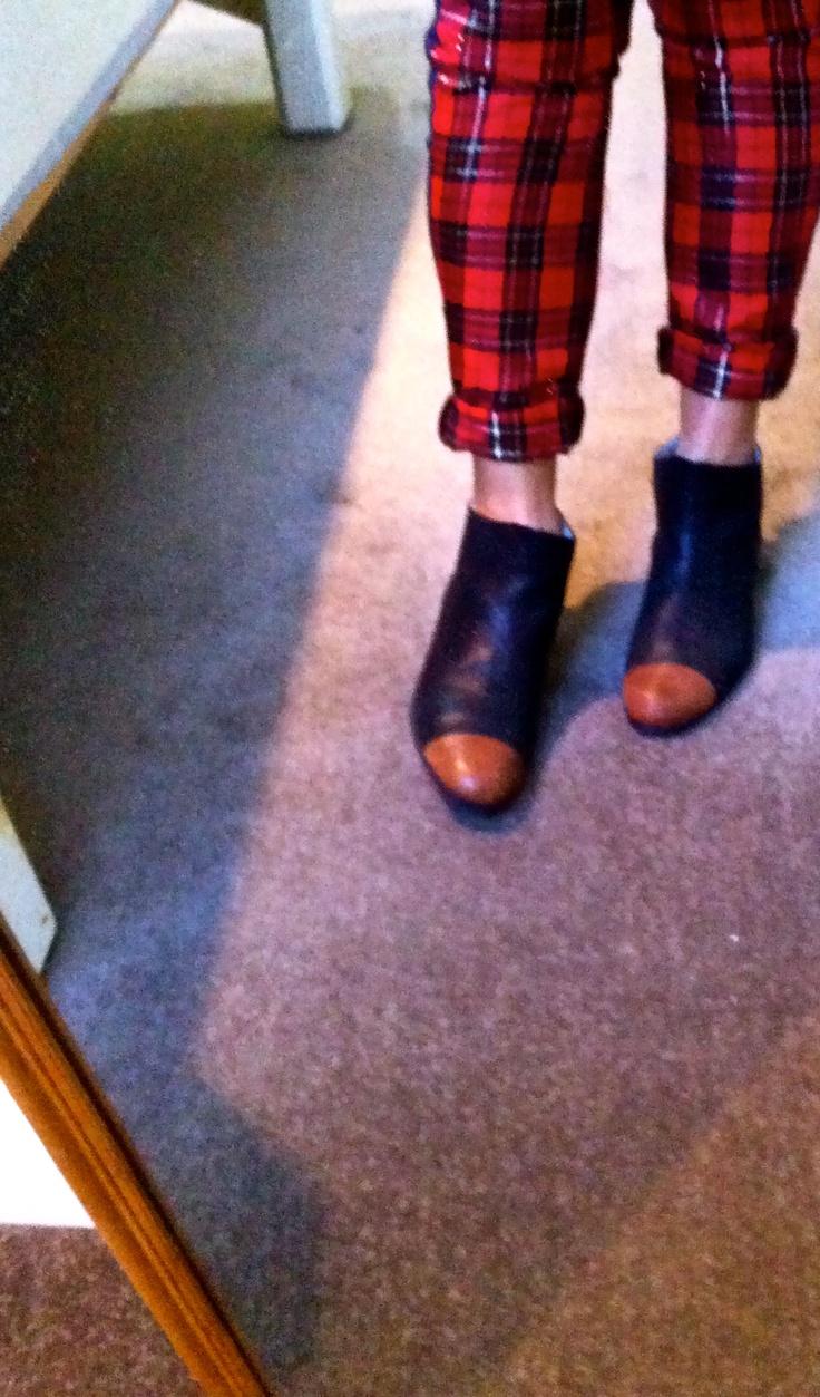 Ode to Sid - Denim and tartan leggings