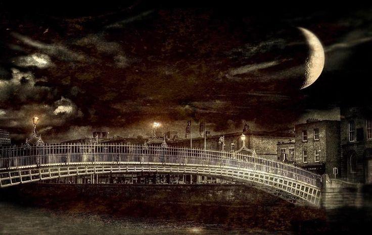 #Dublin #halfpennybridge #lovindublin #lenslight #huaweisnapys #lovedublin