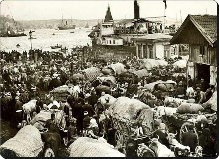 Balkan gocmenleri Sirkeci de, 1912