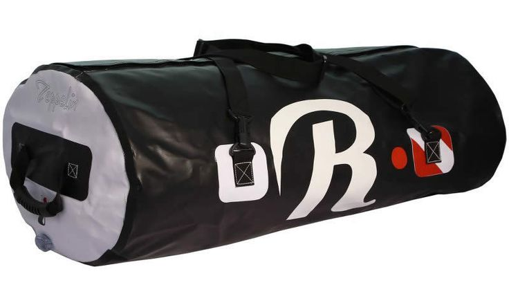 Riviera   Our Products  ZEPPELIN - BLACK  5000 PVC Tarpaulin  93 x 39.5 x 29.5 cm  100% WATER-PROOF
