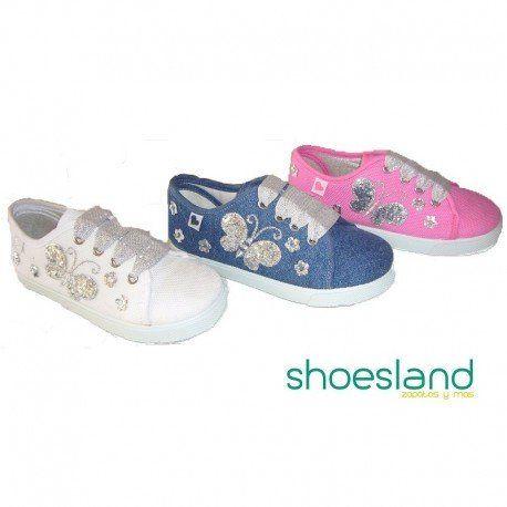 e693ab5a Zapatillas de esparto tipo basket para niñas en color blanco con detalle de  mariposas bordadas en