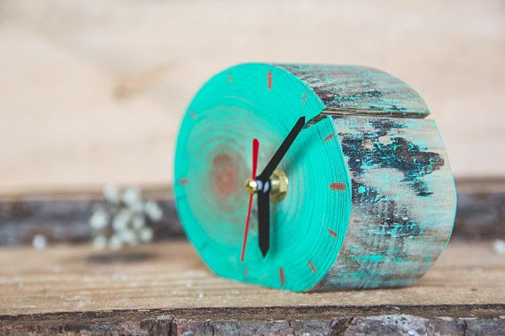 Splash / Table Desk Office Wood Clock / Geometric clock / Handmade acrylic paint TURQUOISE Unique design Deco-Box by Liliana Stoica We want our home to look great, but more importantly we want to FEEL great! ▀▄ ▀▄ ▀▄ Collection - limited edition - Time Box The clock is great for an