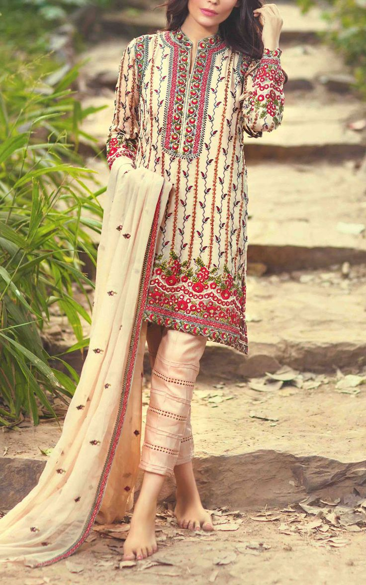 Buy Ivory Embroidered Chiffon Salwar Kameez by Mina Hasan 2015 Call: (702) 751-3523  Email: Info@PakRobe.com www.pakrobe.com https://www.pakrobe.com/Women/Clothing/Buy-Designer-Chiffon-Dresses #DESIGNER #CHIFFON #DRESSE