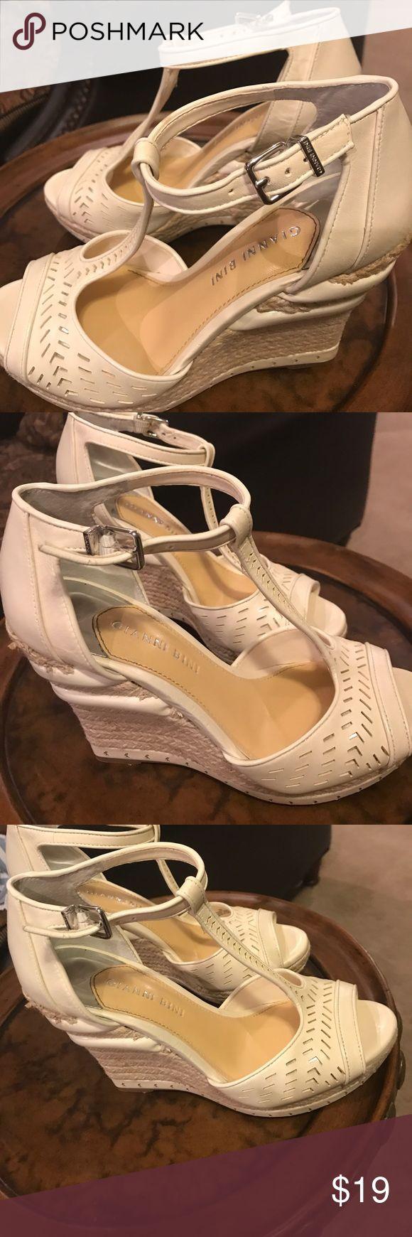 Gianni Bini size 8 Gianni Bini size 8 Gianni Bini Shoes Wedges
