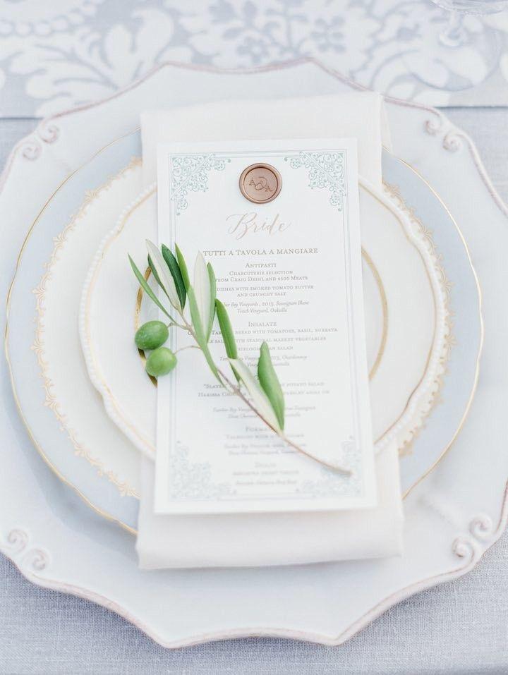 プリンセスブルーが爽やか♡結婚式は青でコーディネイトしたい♡青のメニュー表のまとめ一覧です♡