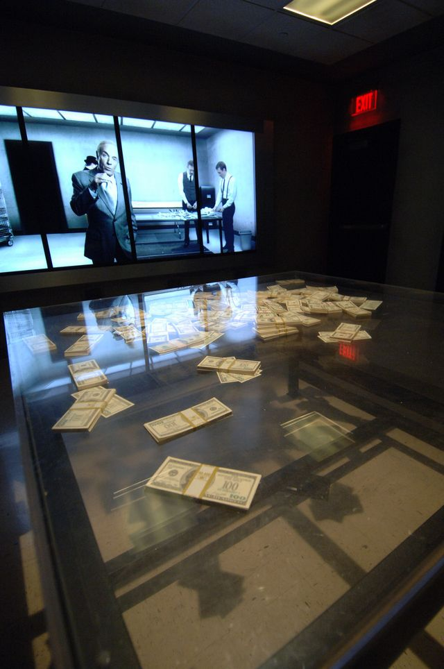 The Mob Attraction Las Vegas informs you, entertains you and puts you right in the exhibit with real interactions and a very lifelike experience.