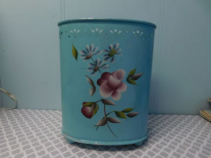 1000 images about trash cans on pinterest metals hand painted and vintage floral - Shabby chic wastebasket ...