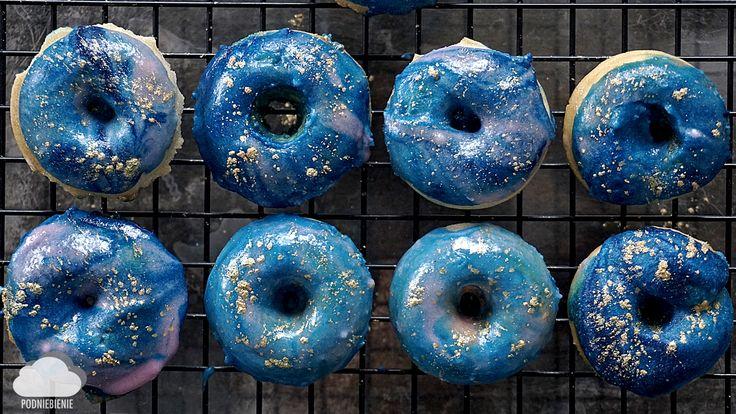 🌌🍩 #galaktyczne #pączki #galaxydonuts #donuts #PodNiebienie #donutcake #galaxyicing #galaktyka #tłustyczwartek  #dessert #desserts #deser #pączek #icing #kosmicznylukier #cosmos #galaxy