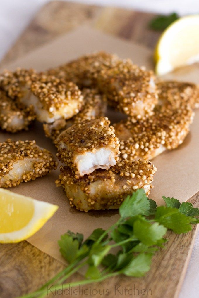 These quinoa-crusted fish fingers are both healthy and super tasty! 6 easy steps and less than 30 minutes is all that it takes to prepare these.