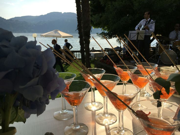 Finger food in riva al lago